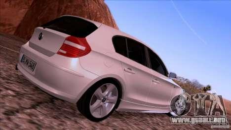 BMW 120i 2009 para GTA San Andreas vista hacia atrás