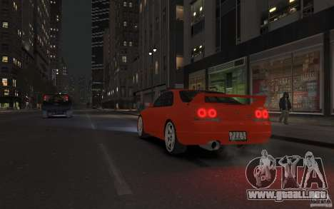 Nissan Skyline para GTA 4 vista interior