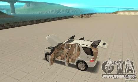 Mercedes-Benz ML 430 para visión interna GTA San Andreas