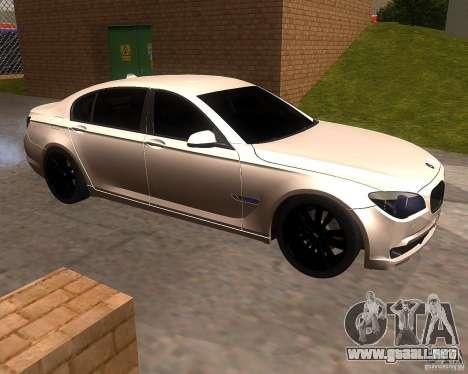 BMW 750Li 2010 para GTA San Andreas left