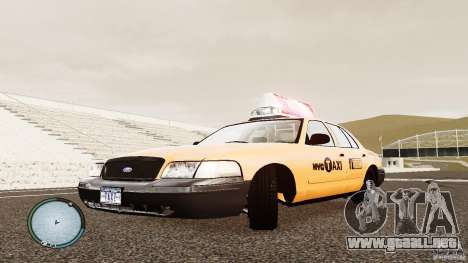 Ford Crown Victoria 2003 NYC Taxi para GTA 4