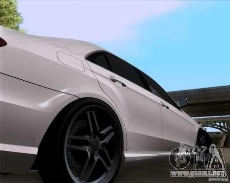 Mercedes-Benz E63 AMG V12 TT Black Revel para la visión correcta GTA San Andreas