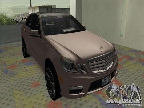 Mercedes-Benz E63 AMG Black Series Tune 2011 para GTA San Andreas left