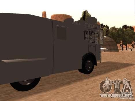 Un cañón de agua policía Rosenbauer v2 para GTA San Andreas vista posterior izquierda