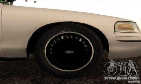 Ford Crown Victoria California Police para la visión correcta GTA San Andreas