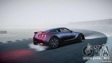 Nissan GT-R R35 V1.2 2010 para GTA 4 vista hacia atrás