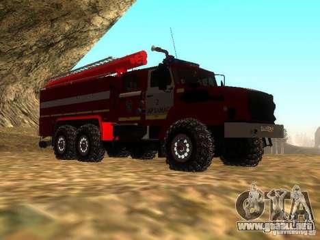 Ural 43206 AC 3.0-40 (6 x 6) para la visión correcta GTA San Andreas