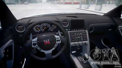 Nissan GTR R35 SpecV v1.0 para GTA 4 vista lateral