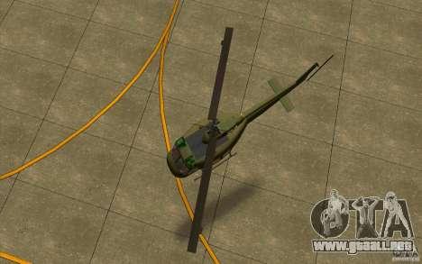 UH-1D Slick para GTA San Andreas vista hacia atrás