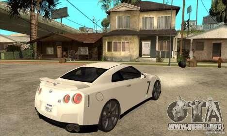 Nissan GT-R R35 2008 para la visión correcta GTA San Andreas