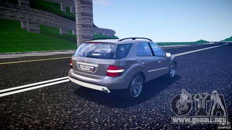 Mercedes-Benz ML 500 v1.0 para GTA 4 vista lateral