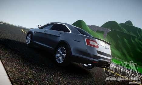 Ford Taurus SHO 2010 para GTA 4 vista hacia atrás