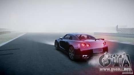 Nissan GT-R R35 V1.2 2010 para GTA 4 Vista posterior izquierda