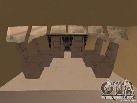 AT400 with full Interior para GTA San Andreas vista posterior izquierda