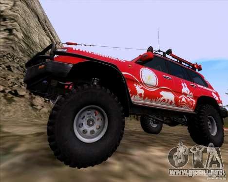 Toyota Land Cruiser 100 Off-Road para GTA San Andreas vista hacia atrás