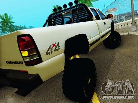 Chevrolet Silverado 2500HD 2001 para la visión correcta GTA San Andreas