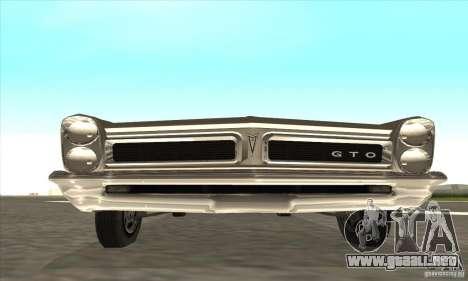 Pontiac GT-100 para GTA San Andreas left