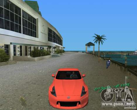 Nissan 370Z para GTA Vice City left