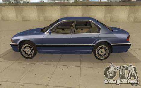 BMW 750iL 1995 para GTA San Andreas left