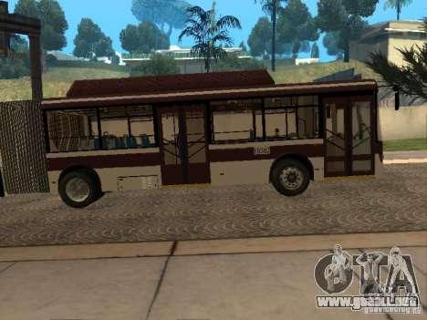 LIAZ 6213.70 para GTA San Andreas vista posterior izquierda