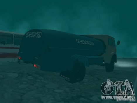 MAZ 503 para GTA San Andreas vista hacia atrás