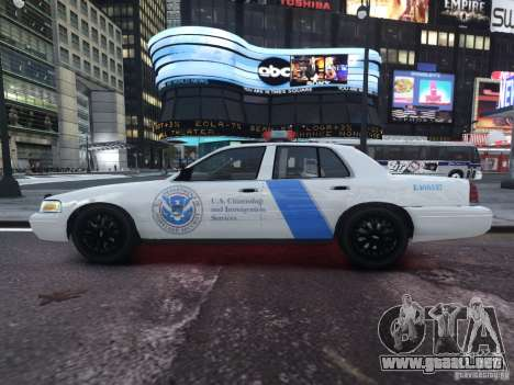 Ford Crown Victoria Homeland Security para GTA 4 left
