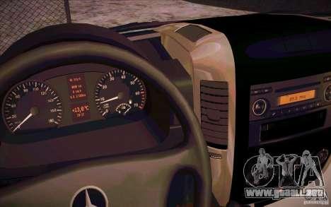 Mercedes Benz Sprinter 311 CDi para GTA San Andreas vista hacia atrás