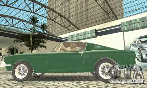 Ford Mustang Fastback 1967 para GTA San Andreas vista posterior izquierda