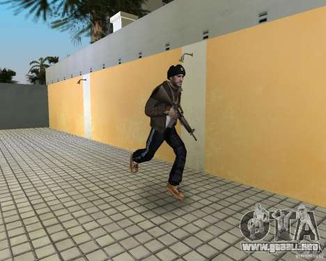 Niko Bellic en orejeras para GTA Vice City tercera pantalla