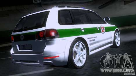 Volkswagen Touareg Policija para GTA San Andreas vista posterior izquierda