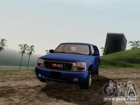 GMC Yukon Denali XL para la visión correcta GTA San Andreas