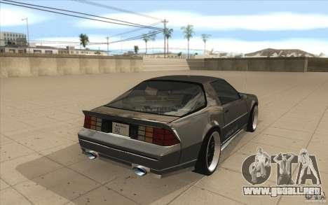 Chevrolet Camaro IROC-Z 1989 para vista lateral GTA San Andreas
