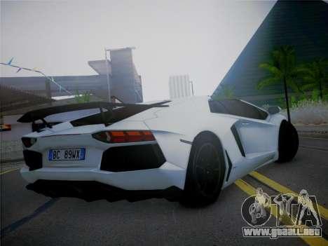 Lamborghini Aventador LP700-4 Roadstar para GTA San Andreas left