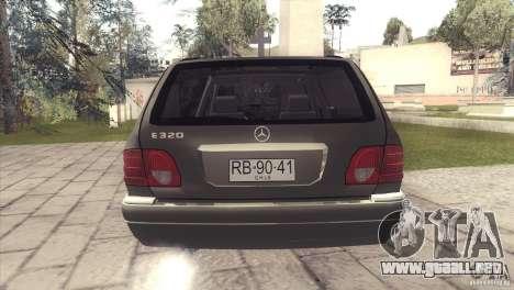 Mercedes-Benz E320 Funeral Hearse para visión interna GTA San Andreas