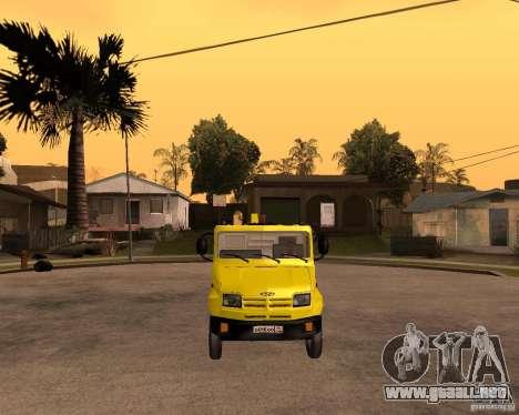 Recolector de ZIL 5301 Toro para GTA San Andreas vista hacia atrás