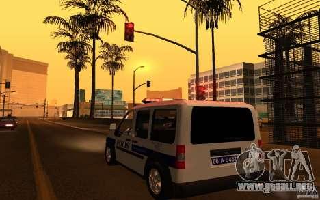 Ford Transit Connect Turkish Police para GTA San Andreas vista posterior izquierda