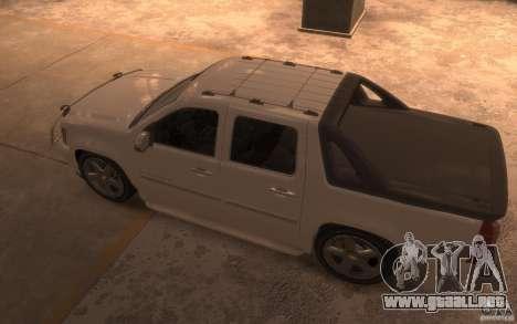 Chevrolet Avalanche v1.0 para GTA 4 Vista posterior izquierda
