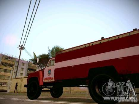 Manguera de GAS 30 53 incendios para GTA San Andreas vista hacia atrás