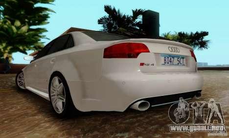 Audi RS4 2007 para GTA San Andreas vista hacia atrás