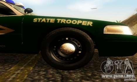 Ford Crown Victoria New Hampshire Police para la visión correcta GTA San Andreas