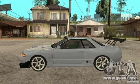 Nissan Skyline GT R R32 para GTA San Andreas left