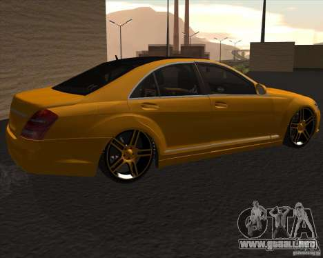 Mercedes Benz S600 Panorama by ALM6RFY para GTA San Andreas left