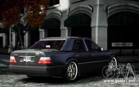 Mercedes Benz E500 para GTA 4 left