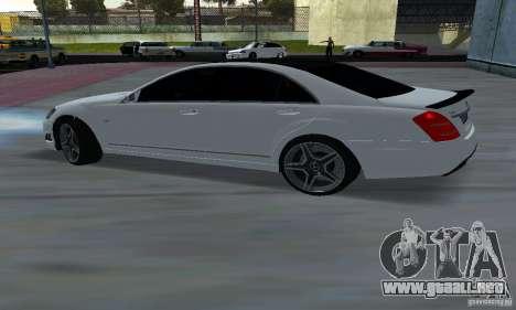 Mercedes-Benz S65 AMG Edition para GTA San Andreas vista posterior izquierda