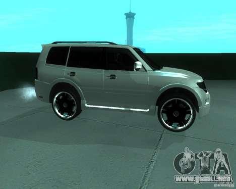Mitsubishi Pajero STR I para GTA San Andreas left