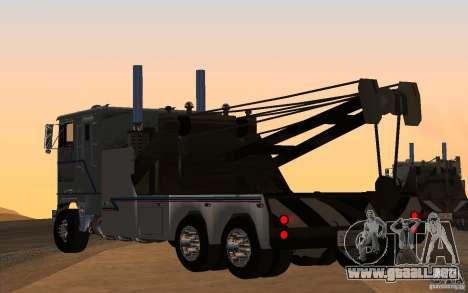Kenworth K100 Towtruck para GTA San Andreas left
