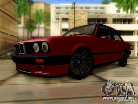 BMW E30 para GTA San Andreas vista posterior izquierda