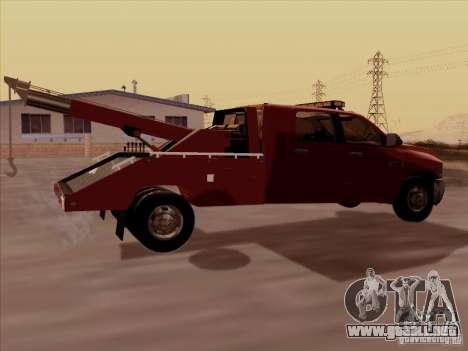 Dodge Ram 3500 TowTruck 2010 para la visión correcta GTA San Andreas