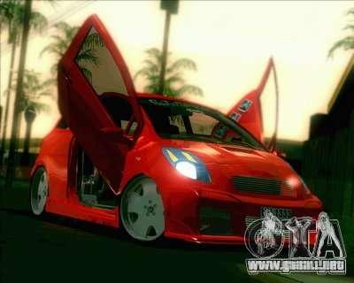 Toyota Yaris para vista lateral GTA San Andreas