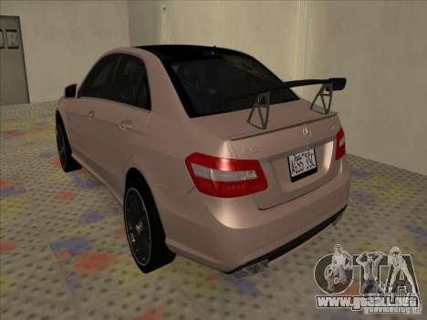 Mercedes-Benz E63 AMG Black Series Tune 2011 para la visión correcta GTA San Andreas